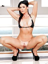 High Heels Legs, India Summer Pretty Female exposes her naked boobs, pulls down her underwear and spreads her thighs and masturbates her wet cunt