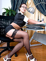 Secretary Pics: Beautiful mature cougar Diana plays with her pussy while taking a phone call in her office