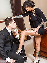 Office Sex, Bonnie Rotten
