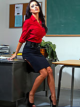 Naughty Secretary, Jessica Jaymes