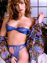 Lingerie Pics: All-natural, auburn haired beauty Brittany Shaw looks lovely in blue matching lingerie!