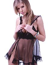 Passionate and amazing blonde beauty wants you come close and take a glance at her beautiful body.