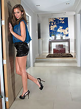 Hot Secretary, Riley Reid