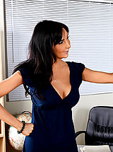 Hot Secretary, Hot Teacher Diana Prince Gets Her Wet Pussy Filled