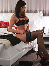 Naughty Secretary, Kendra Lust