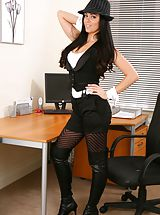 Glorious secretary in tight top and shorts.
