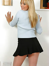 Office Sex, Sexy blonde Molly in pantyhose