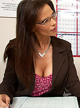 Syren De Mer,My First Sex Teacher,Syren De Mer, Danny Wylde, Teacher, Classroom, Desk, Anal, Big Ass, Big Dick, Huge, Blow Job, Brunette, Cum on Glasses, Curvy, Deepthroating, Facial, Fake Tits, Glasses, high heel pumps, Mature, Piercings, Stockings, Swal