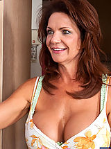 Sexy Legs, Deauxma,My Friend's Hot Mom,Deauxma, Danny Wylde, Friend\'s Mom, MILF, Floor, Hallway, Huge Boobs, Blow Job, Brunette, Cum on Tits, Fake Breasts, Foot Fetish, Mature, MILFs, Shaved, Titty Fucking,